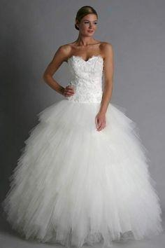 Kenneth Pool Miranda K377 Discount Designer Wedding Dress  UX/UI ...