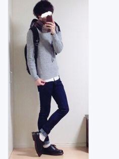 探してた畦編みのグレーのニットが ユニクロにあったので購入!(・・) シンプルに白シャツと合わせてみ Blue Denim, Normcore, How To Wear, Clothes, Style, Fashion, Outfits, Swag, Moda