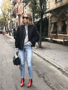54 Bomber Jacket To Look Cool - My Style - Jackets Simple Outfits, Cool Outfits, Casual Outfits, Fashion Outfits, Style Fashion, Womens Fashion, Fall Winter Outfits, Autumn Winter Fashion, Jean Jacket Outfits
