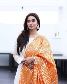 Beautiful Girl Indian, Beautiful Indian Actress, Shivani Surve, Bollywood Actress Hot Photos, Saree Dress, Indian Models, South Indian Actress, Beautiful Models, Indian Sarees