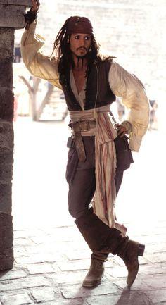 AAAAAARRRRRRGGGGGGHHHHH!!!!!!!! Jack Sparrow can sweep me off my feet any day.............oh yeah!!!!!!
