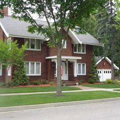 334 Jefferson Ave  Janesville , WI  53545  - $269,000  #JanesvilleWI #JanesvilleWIRealEstate Click for more pics