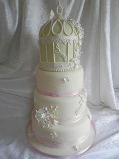 bird cage wedding cake .