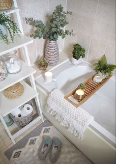 Small bathroom makeover using artificial plants and ikea ladder shelves as a feature. Neutral bathroom decor, boho bath mat and wooden bath shelf to create a cosy bath scene. Small bathroom interior on a budget - how to update your bathroom using acc Small Bathroom Interior, Neutral Bathroom, Bathroom Plants, Small Bathroom Storage, Bathroom Furniture, Small Storage, Bathroom Cabinets, Bathroom Organization, Bathroom Canvas
