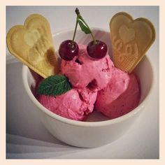 Mni receptgyűjteménye: Mentás meggyfagyi (eritrittel v xilittel) fagyi fagylalt
