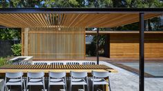 Wooden pool house by Amantea Architects provides privacy for Canadian family  #madeinToronto //@studiogabe.maison
