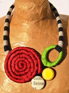 collana multicolore spirale raso rosso bordeaux di comivishop