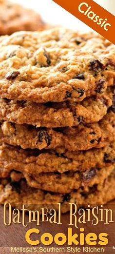 You'll be tranported back to your childhood with your first bite of these chewy made-from-scratch Oatmeal Raisin Cookies. Best Oatmeal Raisin Cookies, Chocolate Chip Shortbread Cookies, Oatmeal Cookie Recipes, Chip Cookies, Cookies Et Biscuits, Quaker Oatmeal Raisin Cookies, Raisin Biscuits Recipe, Oatmeal Raison Cookies, Oatmeal Dessert