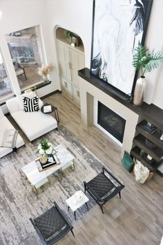 Excellent Cost-Free Fireplace Remodel grey Thoughts Living Room Refresh l Living room White living room Modern living room Contemporary living room Liv Modern White Living Room, Modern Contemporary Living Room, White Rooms, Living Room Modern, Living Room Designs, Living Room Furniture, Living Room Decor, Fireplace Remodel, Modern Fireplace