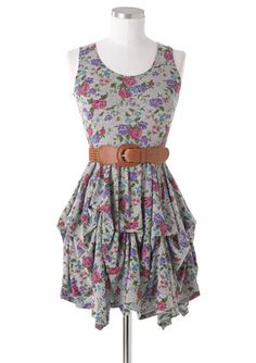 Love the belt with this dress! It would look great with a good pear of cowgirl boots!!