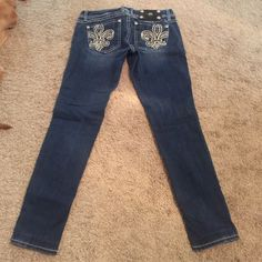 """Miss me jeggins size 26 Jeggins size 26. These are hemmed with the original hem to inseam 26"""". I'm 5'0 and they fit right at my ankles. Excellent condition. Comes from smoke free home. Miss Me Jeans Skinny"""