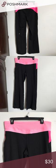 VSX super model  yoga pants size large Good condition very  comfortable size large vsx by Victoria's Secrets 72% nylons 23% elastane Victoria's Secret Pants