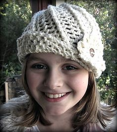 Ravelry: Acacia Cloche/Beanie pattern by Sarah jane Crochet Patterns For Beginners, Baby Knitting Patterns, Hat Patterns, Crochet Cap, Beanie Pattern, Yarn Crafts, Sewing Crafts, Crochet Projects, Crochet Ideas