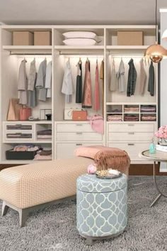 Very Small Bedroom, Bedroom Ideas For Small Rooms Women, Small Room Bedroom, Walking Closet, Modern Closet, Simple Closet, Walk In Closet Design, Closet Designs, Organizar Closet