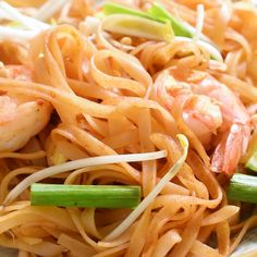 thai recipes Pad Thai noodles stir-fried and tossed in a flavorful sauce. This authentic recipe features succulent shrimp, but you can also use chicken, beef, tofu or a combination. Noodle Recipes, Thai Recipes, Seafood Recipes, Asian Recipes, Chicken Recipes, Vegetarian Recipes, Cooking Recipes, Healthy Recipes, Tai Food Recipes