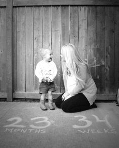 Weekly maternity photo  idea with toddlers- my daughter loves this and our photos are such a sweet memory together I will simply cherish !