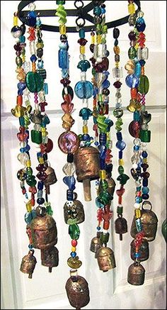 how to make glass beaded wind chimes - Add a bell or two Diy Wind Chimes, Glass Wind Chimes, Decoration Originale, Wind Spinners, Stained Glass Art, Beads And Wire, Suncatchers, Yard Art, Mobiles
