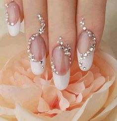 Bridal Nail Art Designs 2013 the most fascinating and beautiful bridal nails.We choose a few from the wide range ideas to complete your look for the most important day of your life. Fancy Nails, Cute Nails, Pretty Nails, Sexy Nails, Sparkly Nails, Prom Nails, Nail Design Rosa, Nail Art Strass, Bridal Nail Art