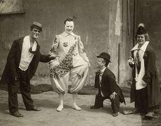 clowns circus hagenbeck scheveningen 1920 | Flickr: Intercambio de fotos