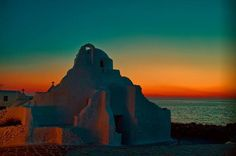 Paraportiani church at sunset, Mykonos island Mykonos Island, Mykonos Greece, Amazing Sunsets, Beautiful Sunset, Go Greek, Where The Heart Is, Greek Islands, Luxury Travel, Night Skies