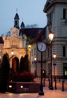The Gate of Dawn, Vilnius, Lithuania | Photo credit: Olga Kadler-Baltrusaitiene