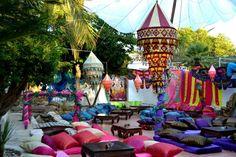 Las Dalias Hippy Market Lounge Party, Yacht Party, Hippie Accessoires, Ibiza Party, Ibiza Formentera, Europe Holidays, Ibiza Fashion, Secret Rooms, Beach Bars