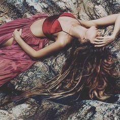 @Regrann from @artphangan - Вдохновляюсь длинными волосами. Спасибо @alisa.belochkina за то, что у неё их много))) #artphangan_style #mermaid#boho#fashion#art#fairy#princess#dreadlocks#style#hair#longhair#waterfall#model#photoshoot#photographer#look#nature#kohphangan#thailand#панган#таиланд#стиль#арт#фотосессия#фотограф#модель#водопад#природа#бохо