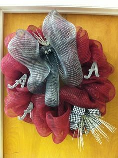 Love this Alabama wreath will soon be making one :)