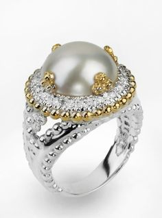 A Mobe Pearl set in 14k gold and 0.24 cts of diamonds #VahanPinterest