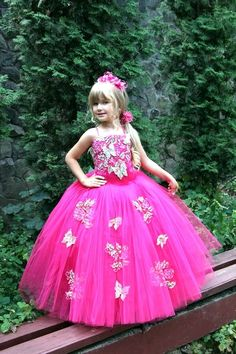 cfd4aa3150 8 Best Robe d'anniversaire   Galamode images in 2015   Dress ...