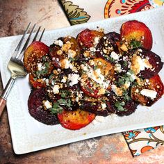Healthy Recipes Grilled Beets with Feta and a Balsamic-Honey Drizzle - Summer is in full swing and I found some amazing local ingredients at the market to make this grilled beet salad! Grilled Vegetables, Fruits And Veggies, Beet Recipes, Veggie Recipes, Healthy Recipes, Detox Recipes, Lunch Recipes, Honey Recipes, Clean Eating Snacks