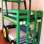 Top 30 Pallet Ideas to DIY Furniture for Your Home