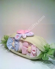 Peas in a pod baby shower diaper cake