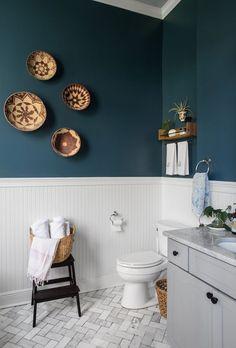 adding dark green bathroom interior tiles to your bathroom 1 Bad Inspiration, Bathroom Inspiration, Bathroom Ideas, Bathroom Photos, Budget Bathroom, New Orleans Homes, Upstairs Bathrooms, Teal Bathrooms, Painted Bathrooms