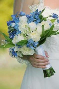 RAMOS DE NOVIA AZULES | Preparar tu boda es facilisimo.com