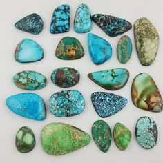 """Some of our High grade Natural Turquoise Cabs! Majority of these cabs cut//sourced by myself, Natasha and my dad, sale off) on our site today until…"" Minerals And Gemstones, Crystals Minerals, Rocks And Minerals, Stones And Crystals, Coral Turquoise, Turquoise Stone, Turquoise Jewelry, Stone World, Rocks And Gems"