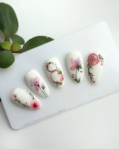 Nail art Christmas - the festive spirit on the nails. Over 70 creative ideas and tutorials - My Nails Flower Nail Designs, Flower Nail Art, Nail Art Designs, Spring Nails, Summer Nails, Tropical Nail Art, Water Color Nails, Instagram Nails, Manicure E Pedicure