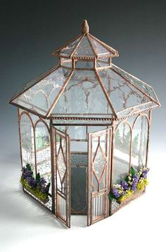 conservatory gazebo ideas Wee Little Houses Stained Glass Projects, Stained Glass Patterns, Stained Glass Art, Mosaic Glass, Mosaic Mirrors, Stained Glass Panels, Mosaic Wall, Miniature Rooms, Miniature Houses