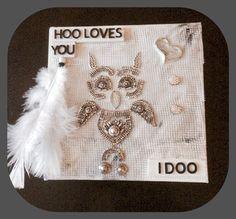 Mixed media art owl Uggla gjord av ett smycke ingen ville ha
