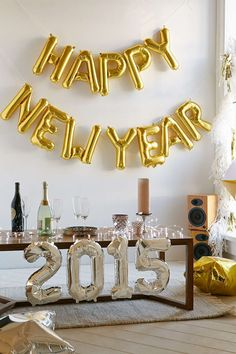 HAPPY NEW YEAR BALLOON KIT  Urban Outfitters