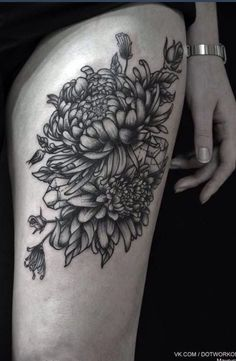 Chrysanthemum thigh tattoo