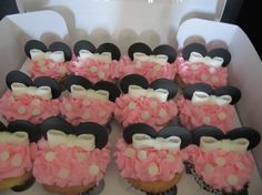 Edible Fondant Minnie Mouse Cupcake Toppers by bluehawk1982, $14.95 http://bit.ly/HqvJnA