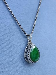 Natural Raw Emerald Necklace - 14 x 10mm Pear Shape - Sterling Silver - Victorian Antique Boho Style - EM210953