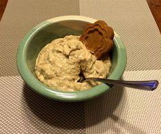 Jouluinen luumurahka Food And Drink, Ice Cream, Desserts, No Churn Ice Cream, Tailgate Desserts, Deserts, Icecream Craft, Postres, Dessert