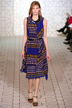 Marni Fall 2011 Ready-to-Wear Collection Photos - Vogue