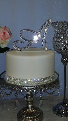 35th Birthday Cakes, Queens Birthday Cake, Creative Birthday Cakes, Sweet 16 Birthday Cake, Custom Birthday Cakes, Birthday Cakes For Teens, Beautiful Birthday Cakes, Birthday Ideas, Wedding Cake Toppers
