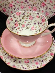 I love tea cups with patterns on the inside of the cup!