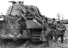 Red Army soldiers inspecting a knocked out Panther tank. #war #history #vintage #retro #guns #gun #ww2 #40s #tank #tanks #1940s #military #battle #warrior #warriors #combat #campaign #battles #wwii #worldwartwo