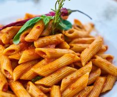 Top 11 Low-Carb Alternatives to Pasta and Noodles - ScoopHealth News Pasta Recipes Masala, Pasta Recipes Video, Famous Italian Dishes, Cauliflower Couscous, Spicy Pasta, Masala Tea, Vegan Fast Food, Recipe Steps, Tecnologia