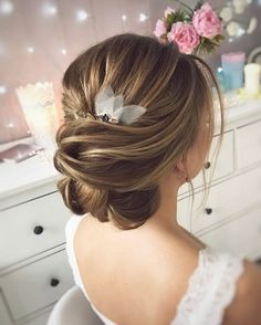 Tonya Pushkareva Long Wedding Hairstyle for Bridal via tonyastylist / http://www.himisspuff.com/long-wedding-hairstyle-ideas-from-tonya-pushkareva/4/